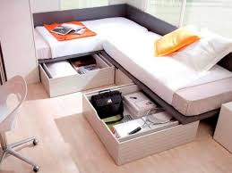 corner twin beds with table corner layout full size twin beds