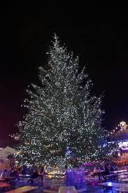 festive at winter hyde park the aussie flashpacker