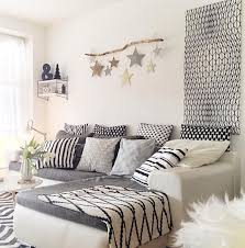 Graue Wand Und Stein Design Wandgestaltung Wohnzimmer Grau Türkis Inspirierende