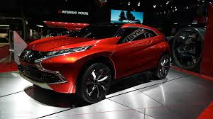 mitsubishi crossover 2014 mitsubishi outlander phev concept s makes first appearance at