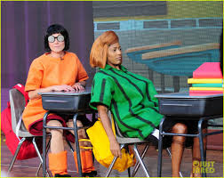 halloween city kendall today show u0027 hosts wear spot on peanuts halloween costumes photo