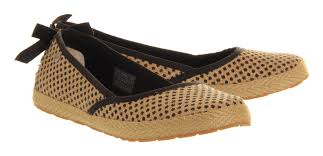ugg womens indah shoes ugg indah slip on black pattern burlap flats