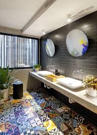 Round Bathroom Mirror by 5 Bathroom Mirror Ideas For A Double Vanity Contemporist
