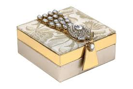 wedding box favor shagun box with golden kundan accessory