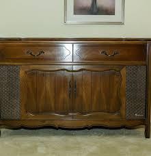 Philco Record Player Cabinet 1960s Magnavox Imperial Automatic Record Player Cabinet Ebth