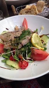 salade niçoise revisitée picture of l ecurie restaurant