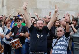 catalan leader under pressure to drop independence metro us
