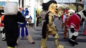 spirit halloween viera fl nerdgirl mascots show lots of spirit during sprint