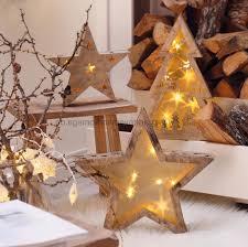 weihnachtsdekoration aus holz haus renovierung mit modernem innenarchitektur kühles