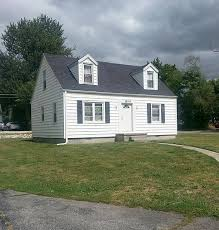houses for rent 4 bedrooms 4 bedroom houses for rent 4 bedroom home for rent at bsu in muncie