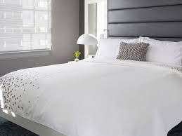 buy luxury hotel bedding from renaissance hotels the renaissance bed