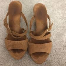 ugg wedge sandals sale 101 best wedge heel sandals and other summer shoes images on