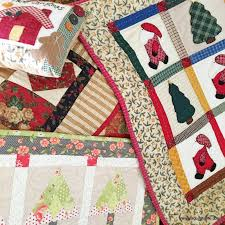 christmas quilts u0026 more a quilting life a quilt blog