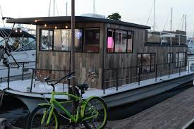 Houseboat Chip And Joanna Gaines Fixer Upper House Boat 11 With Fixer Upper House Boat Home