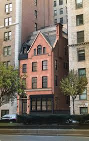 landmarks approves changes townhouse at 890 park avenue upper