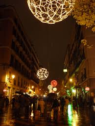 free images pedestrian light street night rain wet busy