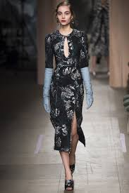 Erdem Spring 2016 Ready To by Erdem Fall 2016 Ready To Wear Fashion Show Erdem 1920s And Gowns