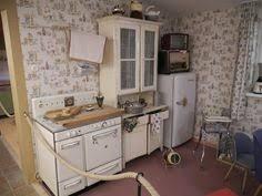 küche 50er 50er jahre küchenschrank bunt furniture home