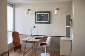 le de bureau artemide chambre multifonction color zoning bureau alki mis en valeur par