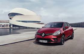 2017 renault clio 1 2 tce acceleration test proves some manuals