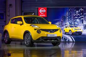 nissan small sports car nissan u0027s juke and kicks dominate gulf u0027s small urban crossover