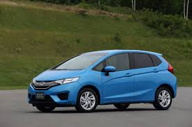 honda car fit non us 2015 honda fit hybrid unveiled looks much like