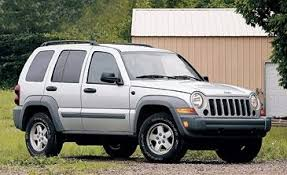 used jeep liberty diesel jeep liberty sport 4x4 diesel take road test reviews