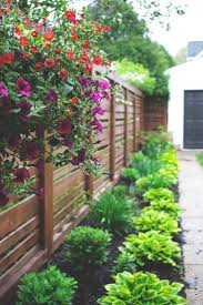 garden fences ideas best 25 horizontal fence ideas on pinterest diy fence diy