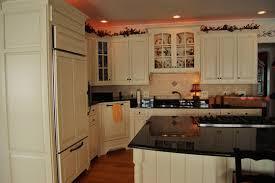 amazing kitchen cabinets over sink kitchen 640x480 37kb