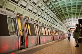 metro thanksgiving weekend no late trains for fans line