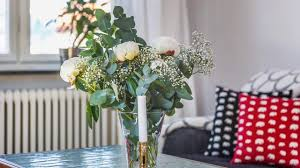 charming flower display ideas simple floral arrangements youtube