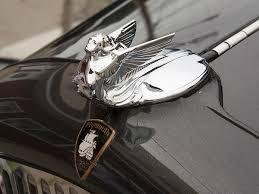 car ornaments 10 car emblems drivespark