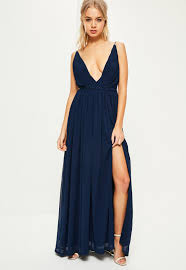 navy maxi dress navy pleated plunge maxi dress missguided