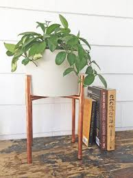 Indoor Planter Pots by Best 25 Modern Plant Stand Ideas On Pinterest Wooden Plant
