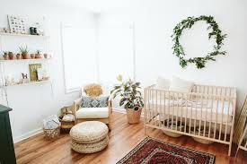 inspiration chambre bébé planches d inspiration chambres de bébé unisexe déconome