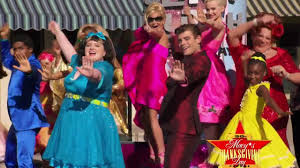 grande hairspray live cast gives preview performance at