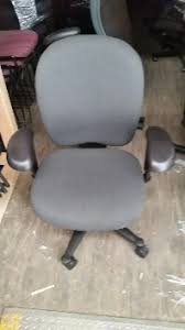 Office Furniture Minnesota by Buying Used Office Furniture Liquidation St Paul Minneapolis