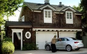 Dream House On The Beach - i want the beach house from