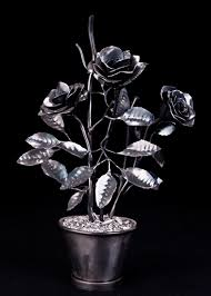 metal roses yessy joe robins custom iron metal roses sculpture