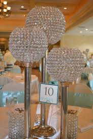 Diy Table Centerpieces For Weddings by Best 20 Bling Centerpiece Ideas On Pinterest Bling Wedding