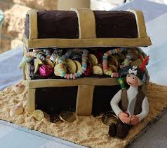 live dream bake ahoy there matey u0027s treasure chest cake