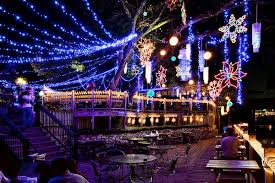 San Antonio Riverwalk Christmas Lights 2015 Central Texas Holiday Lights Displays Free Fun In Austin