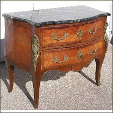 louis xv commode and purple wood bronze ornaments 2