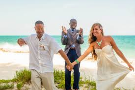 wedding officiator wedding officiant nassau bahamas creating memoriable wedding