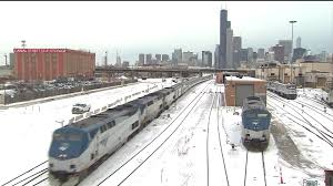 amtrak passengers stranded in chicago 14 hours because of cold