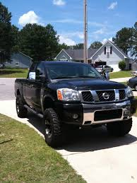 2004 nissan frontier lifted nissan titan extended cab car features pictures prices review