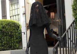 funeral veil who is the black widow on pll our guesses