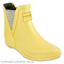 s yellow boots boots s yellow boots fog piccadilly chelsea