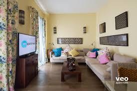 Schlafzimmerm El Mit Fernseher Apartment Mieten Zaragoza Strasse Sevilla Spanien Zaragoza