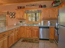 gatlinburg 2 bedroom cabin updated with arc vrbo